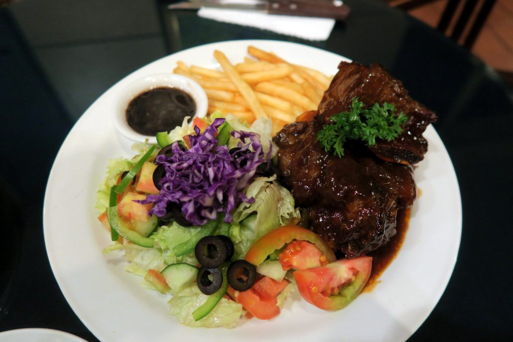 blue-louts-coffee-house-bbq-ribs