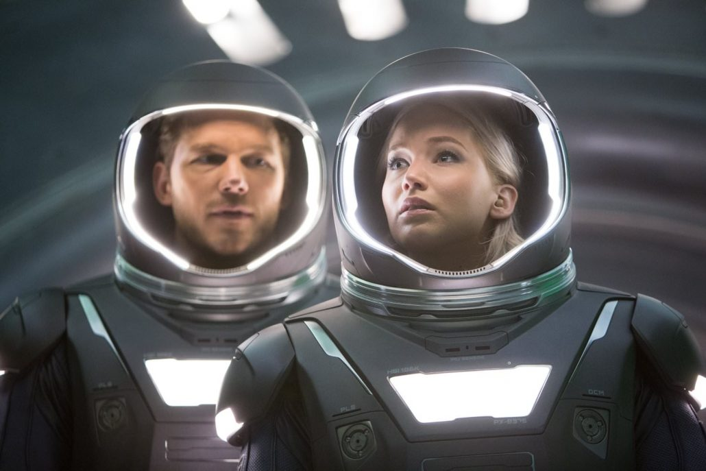 Jennifer-Lawrence-and-Chris-Pratt-spacesuit-Movie-Passengers