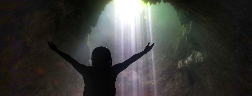 jomblang cave heavenly light wow