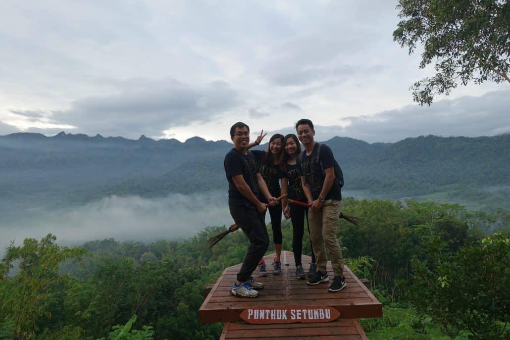 Bukit Punthuk Setumbu Photopoint